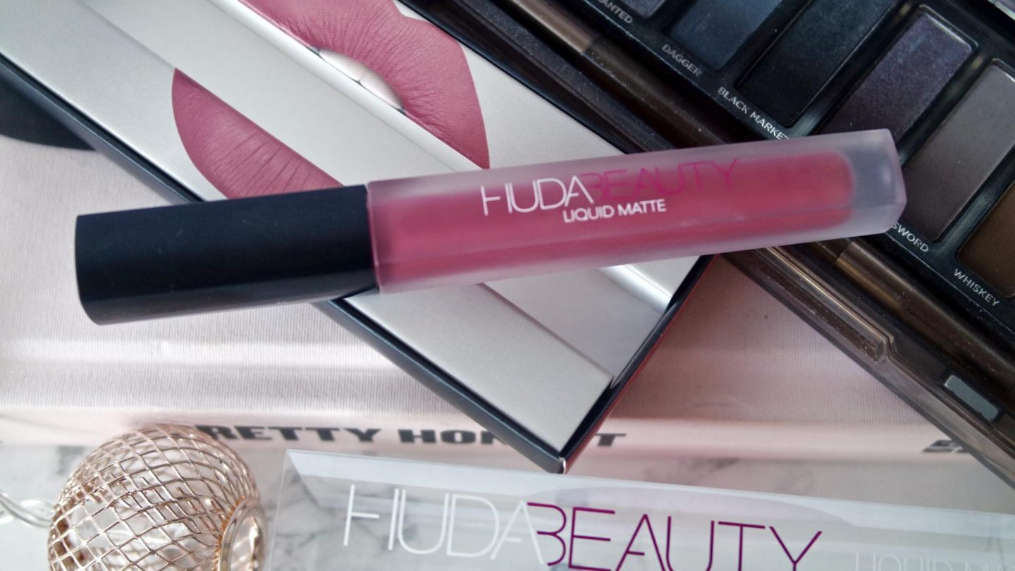 Huda Beauty Liquid Matte Lipstick - Gossip Gurl || Beauty